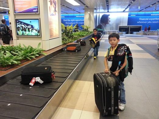 3-SingAirport-1c