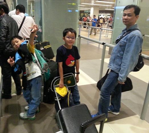3-SingAirport-1d